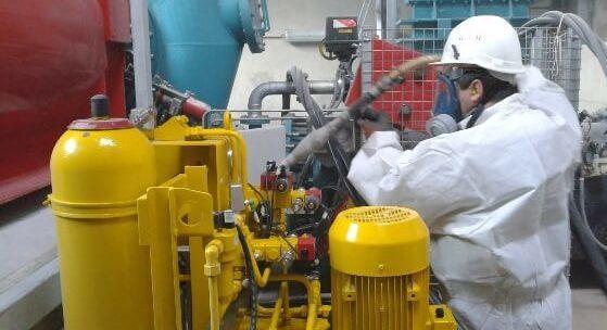 operateur de nettoyage cryogenique e1611052159906